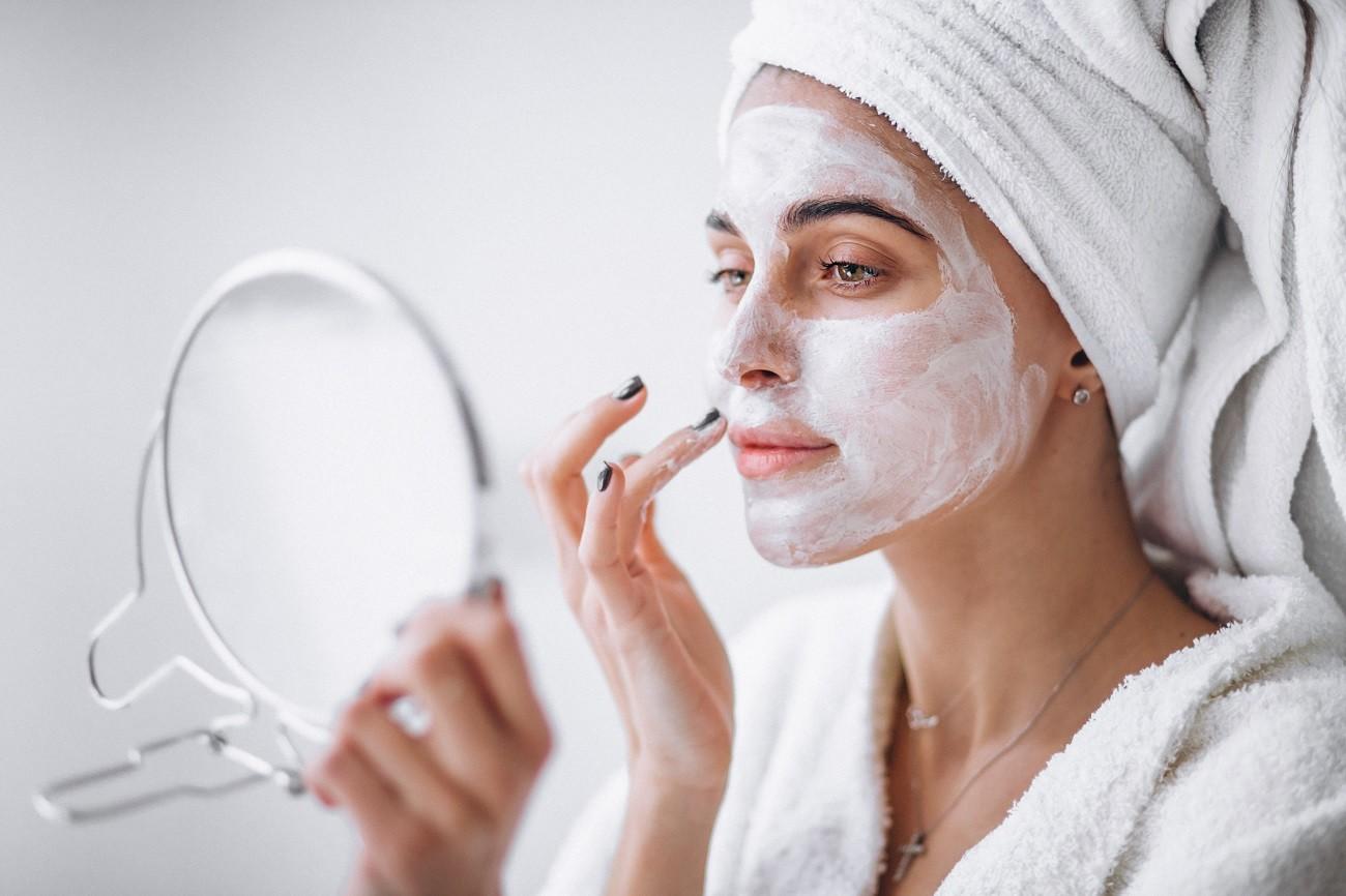 Benefícios da argila branca para pele e cabelo